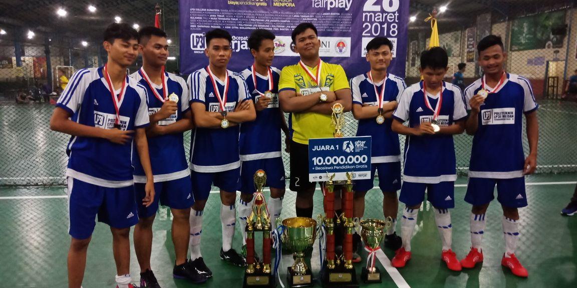 Putra Prajurit Naga Karimata Raih Juara I Turnamen Futsal dan Beasiswa di Politeknik LP3I Medan