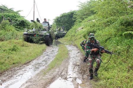 Latihan Teknis dan Taktis Tingkat Peleton Yonkav 6/Naga Karimata